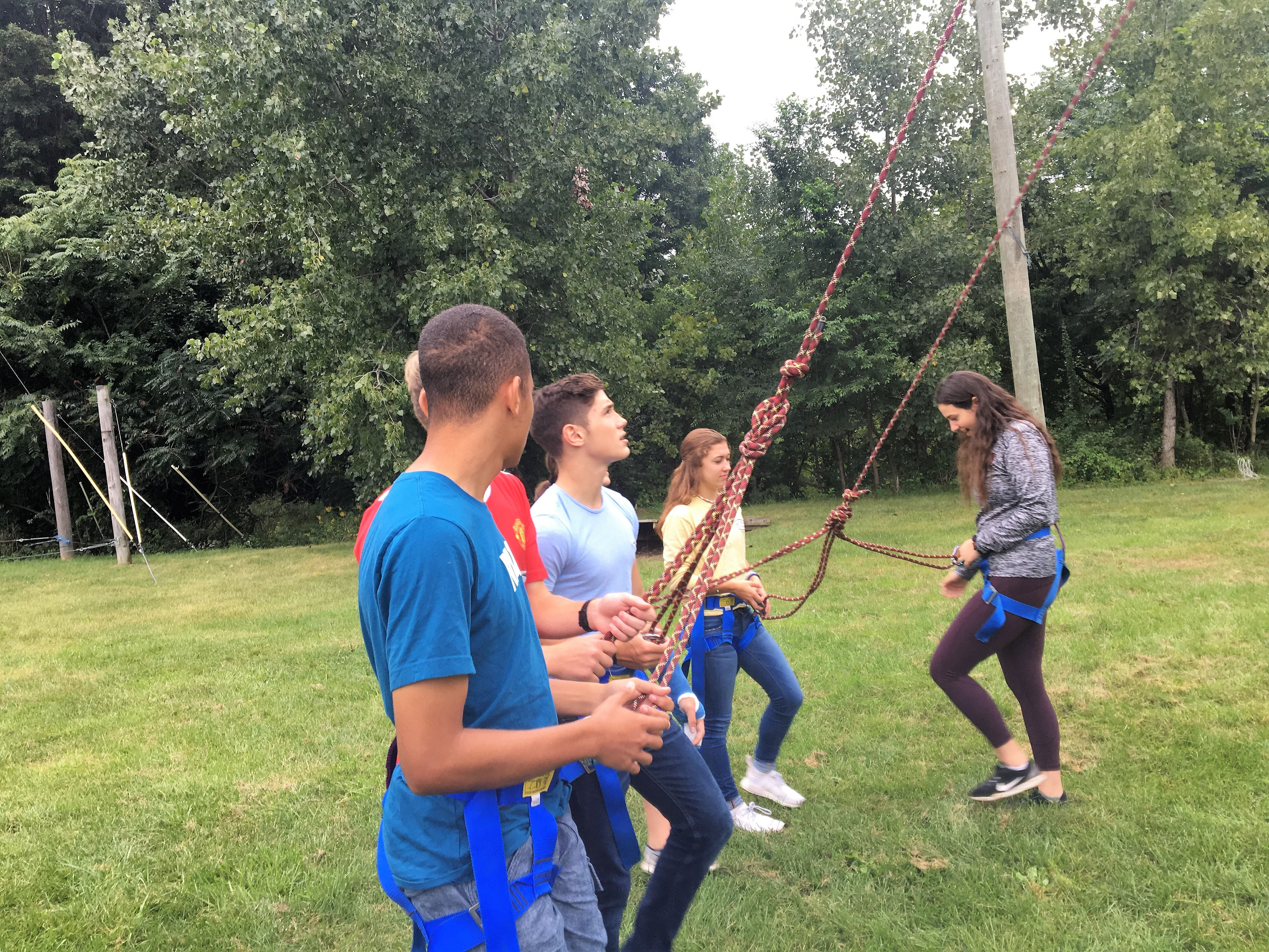 New Visions classes take on the HVCC ropes course - Questar